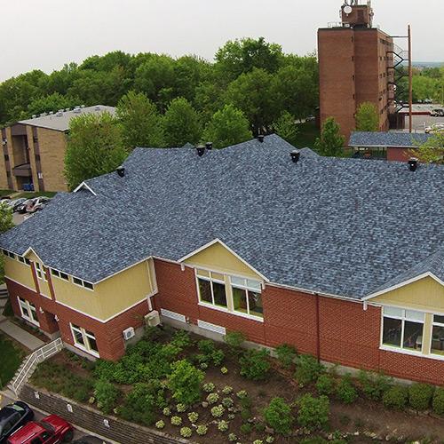 Exemple de toiture de bardeaux d'asphalte