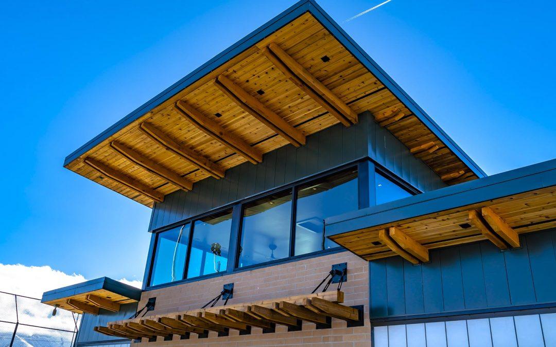 Propriété avec toit à rénover : Conseils et astuces pour vous guider